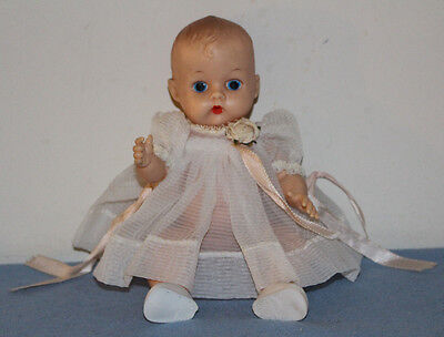"""VINTAGE 8"""" VOGUE GINNETTE PAINTED EYE Doll + TAGGED OUTFIT Ginny Baby Sister"""