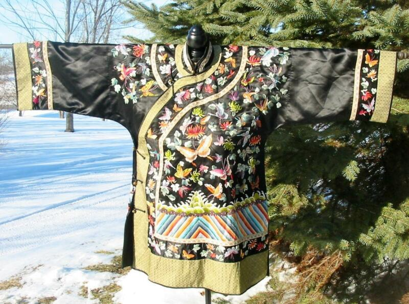 Beautiful Vintage Chinese Embroidered Black Silk Jacket Robe Butterflies Waves