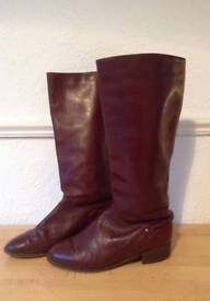 Vintage burgundy leather boots size 4.5