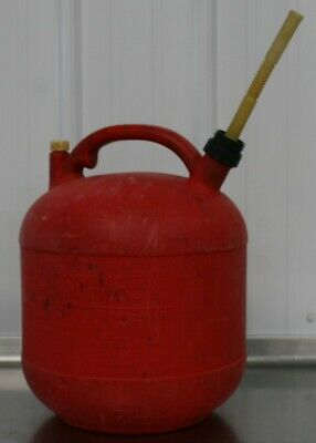 Vintage Eagle 5 Gallon Plastic Gas Can Vented W Spout Round Fuel Gas