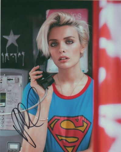 Wallis Day Krypton Autographed Signed 8x10 Photo COA #C83