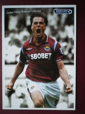 POSTCARD SPORT SCOTT PARKER FOOTBALLER CELEBRATES WEST HAM