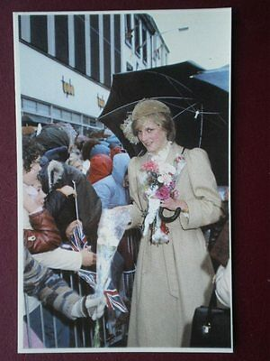 POSTCARD ROYALTY PRINCESS DIANA UNDAMPED BY THE RAIN ST DAVIDS ROYAL WEDDING 198