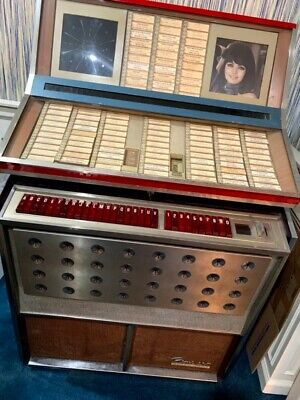JUKEBOX*ROWE AMI  RECORD PLAYER*STEREO ROUND*RECORDS INCLUDED*VINTAGE*WORKS!