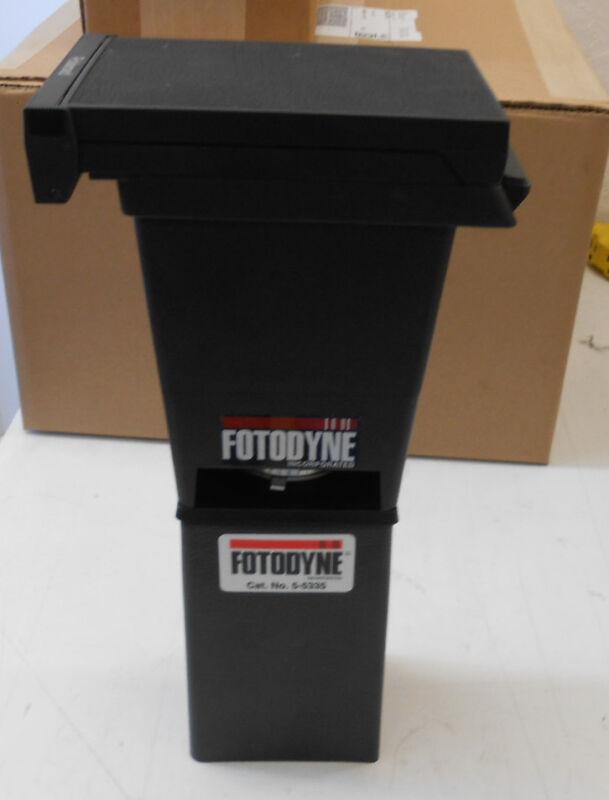 Fotodyne 5-5335 Fixed Focus Photographic Gel Imaging Hood, Polaroid Ds-34 Camera