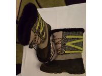 Trespass Size 3 Snow Boots Grey and Lime green