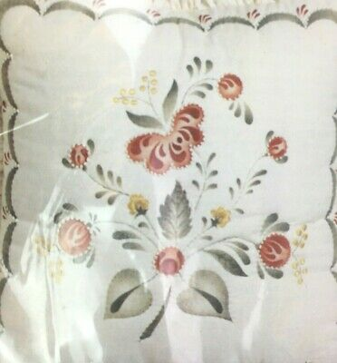 "Olde Mill Candlewick Pillow Kit 08-59 Flower Spray 14x14"" Finished Supplies Inc"