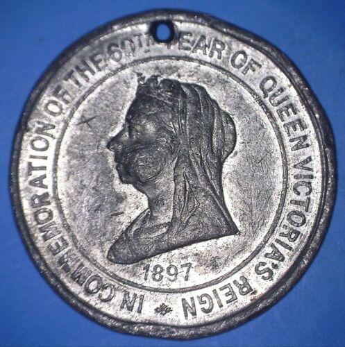 UNLISTED 1897 VICTORIA DIAMOND JUBILEE COMMEMORATIVE PEWTER MEDAL - *07005845
