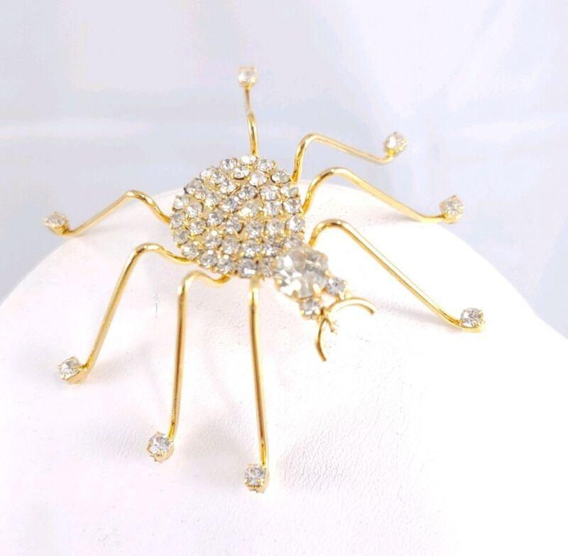 W) vintage 3D GOLD TONE SPIDER LONG LEG RHINESTONE HALLOWEEN SPOOKY BROOCH PIN