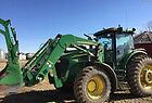 John Deere 7820 MFWD with loader