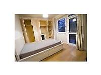 BIG DOUBLE ROOM 3 MIN WALKING TO STATIOT