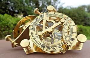 Antiques Early Old Antique Brass Pocket Sundial Knight Horse Transit Hora Sine Mora Watch Maritime Compasses