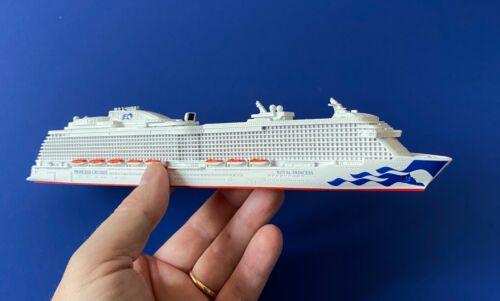 MODEL cruise ship ROYAL PRINCESS post 2016 Princess Cruises 1:1250 by SCHERBAK
