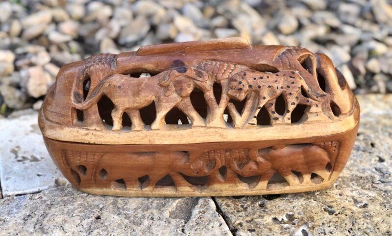 Vintage Olive Wood Carved African Animals Zimbabwe Oblong Basket w/ Lid