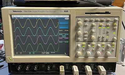 Tektronix Tds7104 Dpo 1ghz 10gss Xp Ssd Hd 3m Sm J2 Usb Cp2 Pw3 Et3 Ja