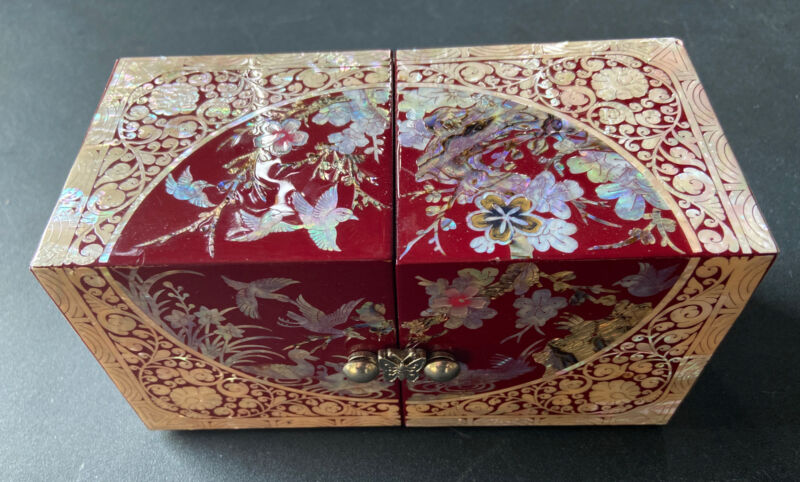 Chinese Lacquered Maroon & Pink Abalone Mother Of Pearl Inlay Jewelry Box