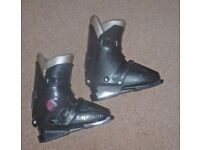 Ladies Salomon ski boots