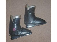 Ladies Salomon ski boots + 170 Rossignol skis ~ Bindings and poles. + carriers supplied ~ complete