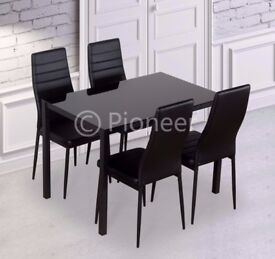 ✤✤HIGH QUALITY ✤✤BRAND NEW ✤✤DINING TABLE WITH 4 FAUX LEATHER CHAIRS