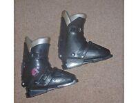 Ladies Salomon ski Boots/bag + skis/poles/Bindings ~ solid ski tube carrier the complete package