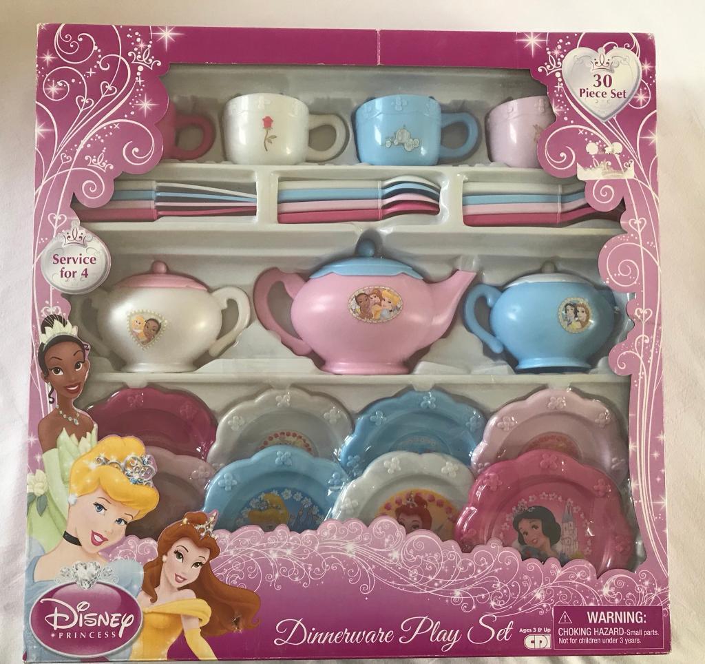 New Disney Princess Dinnerware Play Set & New Disney Princess Dinnerware Play Set | in Wimbledon London | Gumtree