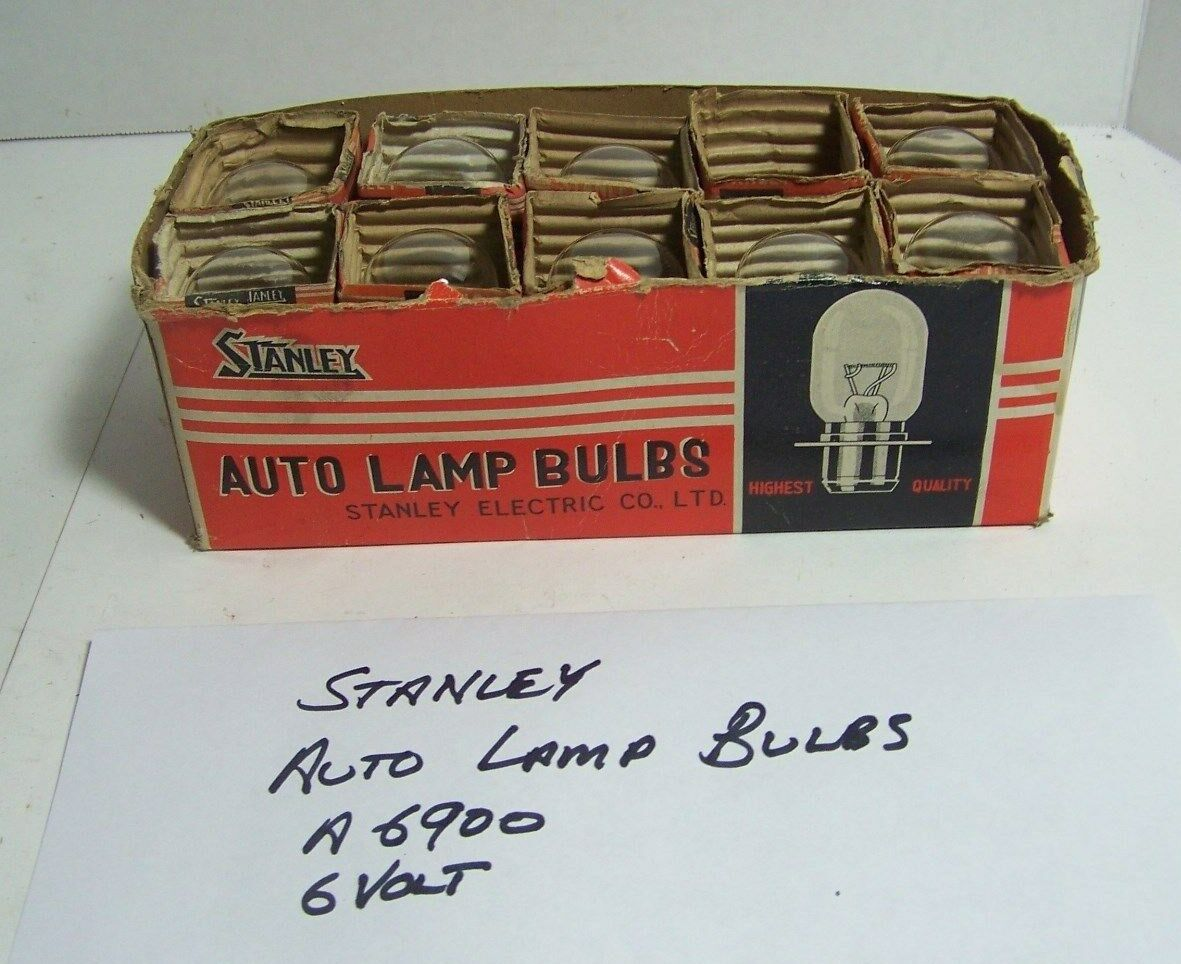 Vintage Stanley Auto Lamp bulbs in original box A6900 6 volt box of 10 nos