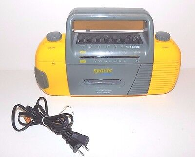 GPX Sports Gran Prix AM/FM Radio Receiver Cassette Tape Recorder Battery Backup