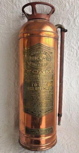 Antique Copper Fire Guard Extinguisher General Model QuickAid F-833 Detroit, MI