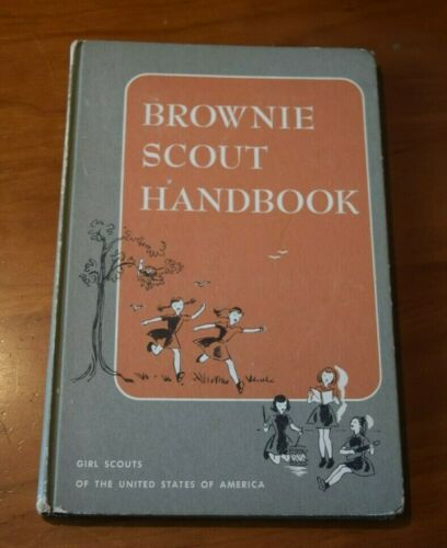 BROWNIE SCOUT GIRL SCOUT HANDBOOK C.1951 HARDCOVER 1962 REPRINT