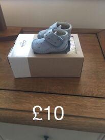 New born crib shoes
