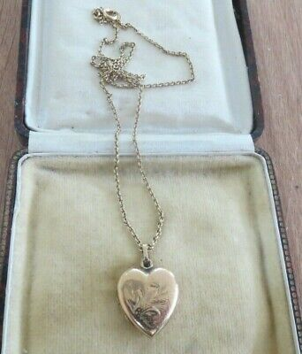 9ct gold back & front heart pendant /deco ,necklace. chain is rolled gold, used for sale  Shipping to South Africa