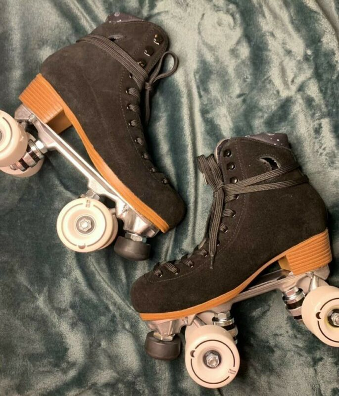 Moonlight Roller Skates Black Suede NIGHT FEVER BRAND NEW Size 6 (Women