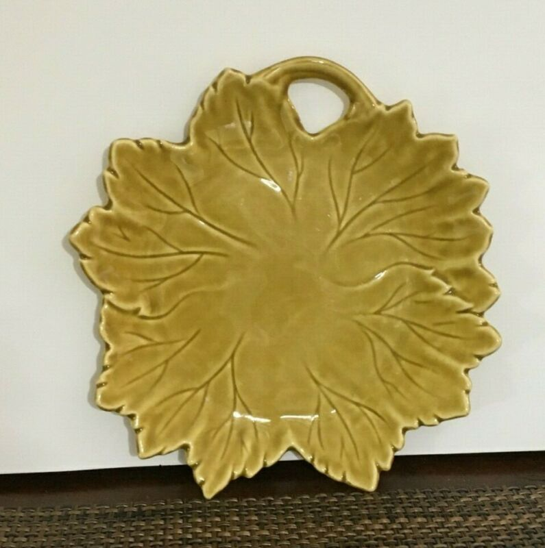 Woodfield MFG by Steubenville, Gold leaf design candy dish.[a-11]