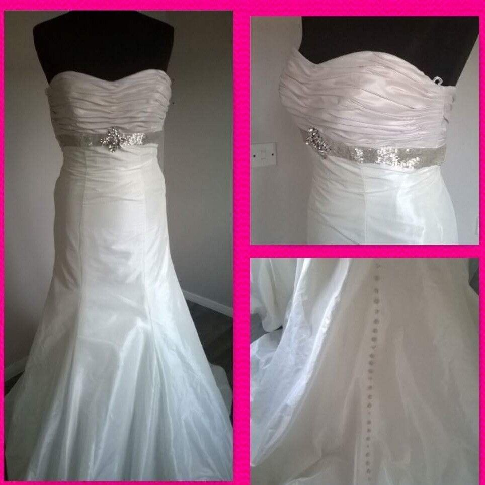 Carolines parkes wedding dress ex sample size 10 /12 | wedding.