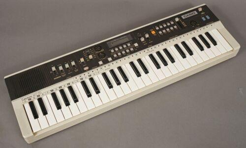** VINTAGE ** Casio Casiotone MT-70 Keyboard