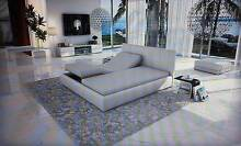 """LUXURY  """"ELECTRIC""""  ADJUSTABLE  BED  BY  De STIJL . Berwick Casey Area Preview"""