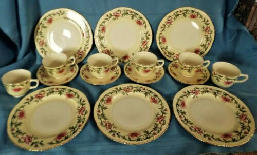 16 PC HOMER LAUGHLIN DINNERWARE GOLD TRIMMED PINK FLORAL LIBERTY SHAPE 1940