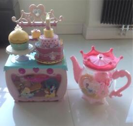 Disney princess cupcake kitchen & giant teapot with teaset