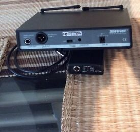 SHURE WIRELESS SYSTEM FOR GUITAR