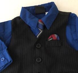 4 piece suit (size 12 months)