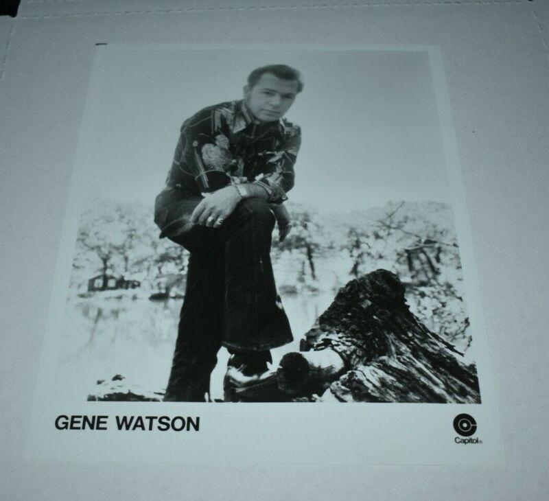 Gene Watson  capitol records promotional 8x10 photo