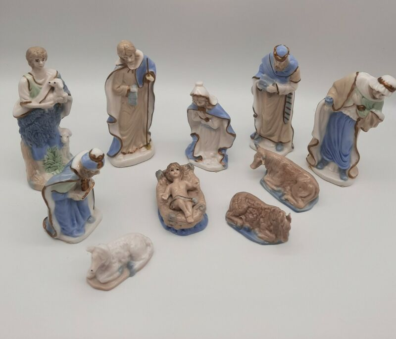 Christmas Nativity Set 10 Piece Porcelain White& Light Blue
