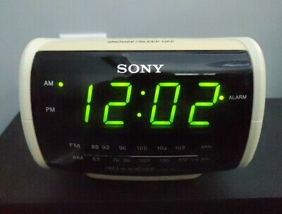 Sony Dream Machine ICF-C112 Large Display Digital Clock AM/FM Radio Alarm.