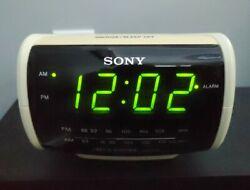 Sony Dream Machine ICF-C112 Large Display Digital Clock AM/FM Radio Alarm.