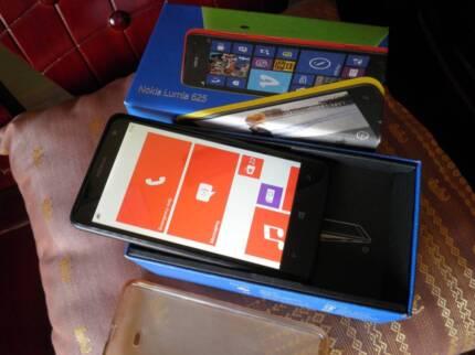 """NOKIA LUMIA 625 4G 4.7"""" Touchscreen Smart Phone"""