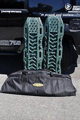 NEW Smittybilt ELEMENT RAMPS - MUD/SNOW/SAND PART# 2790 SOLD IN PAIRS Maxtrax