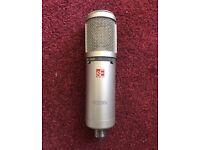 Se electronics se2200a (original) condenser microphone