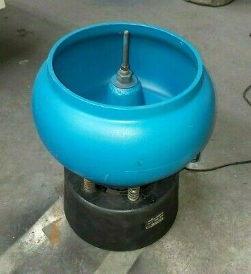 Raytech 34 Cubic Foot Vibratory Tumbler In Excellent Running Condition 6 Avail
