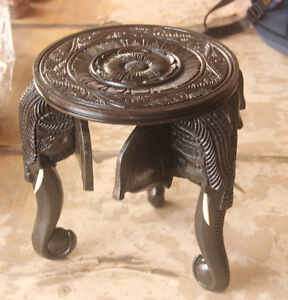 HAND CARVED WOODEN WOOD ELEPHANT HEAD ROUND ORNAMENT DECORATIVE TABLE RARE
