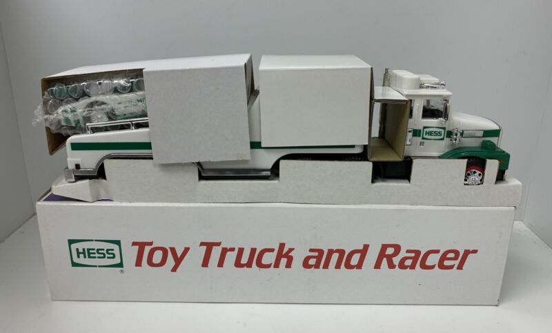 ☀️1988 Hess Gasoline Toy Truck And Racer With Lights In Original Box NOS